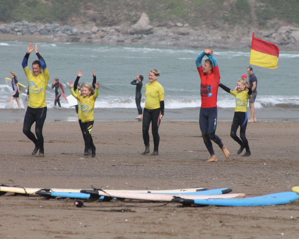 group surfing lesson Bantham